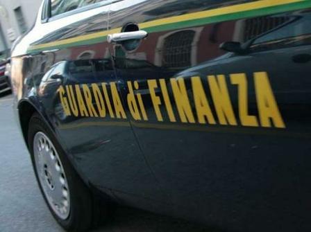 gdf - auto Guardia di finanza