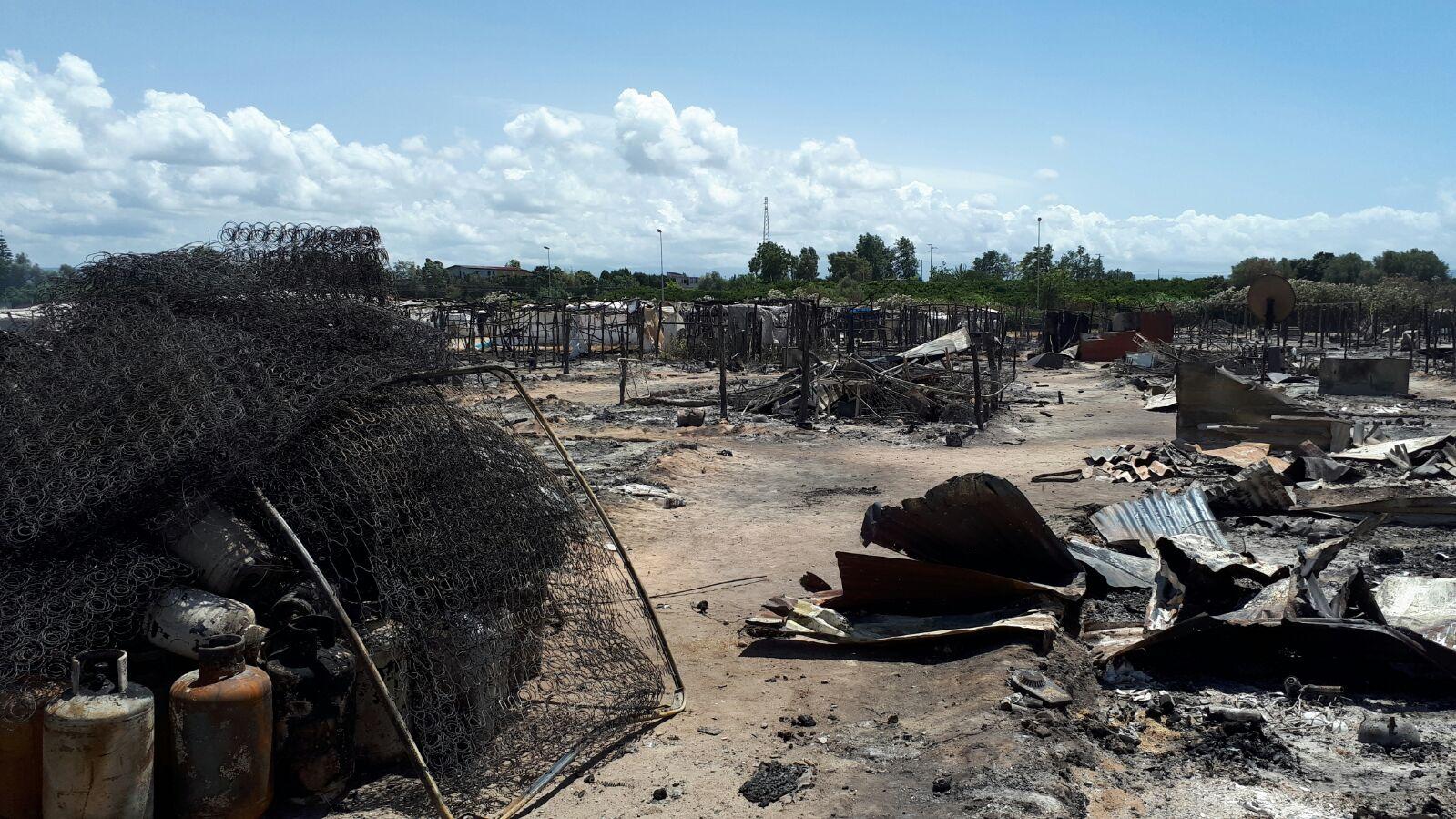 San Ferdinando (RC): incendio tendopoli braccianti agricoli