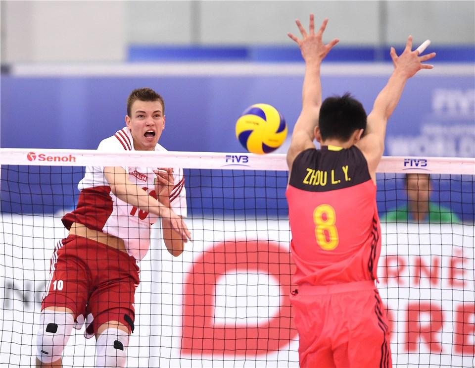 Damian Domagala in attacco nel match del Mondiale Under 21 2017 contro la Cina