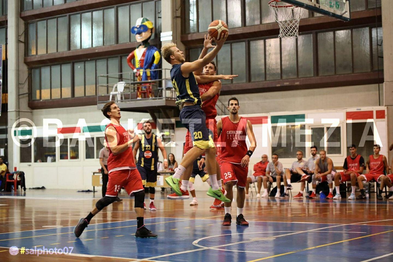 Basketball Lamezia - LameziaTerme.it