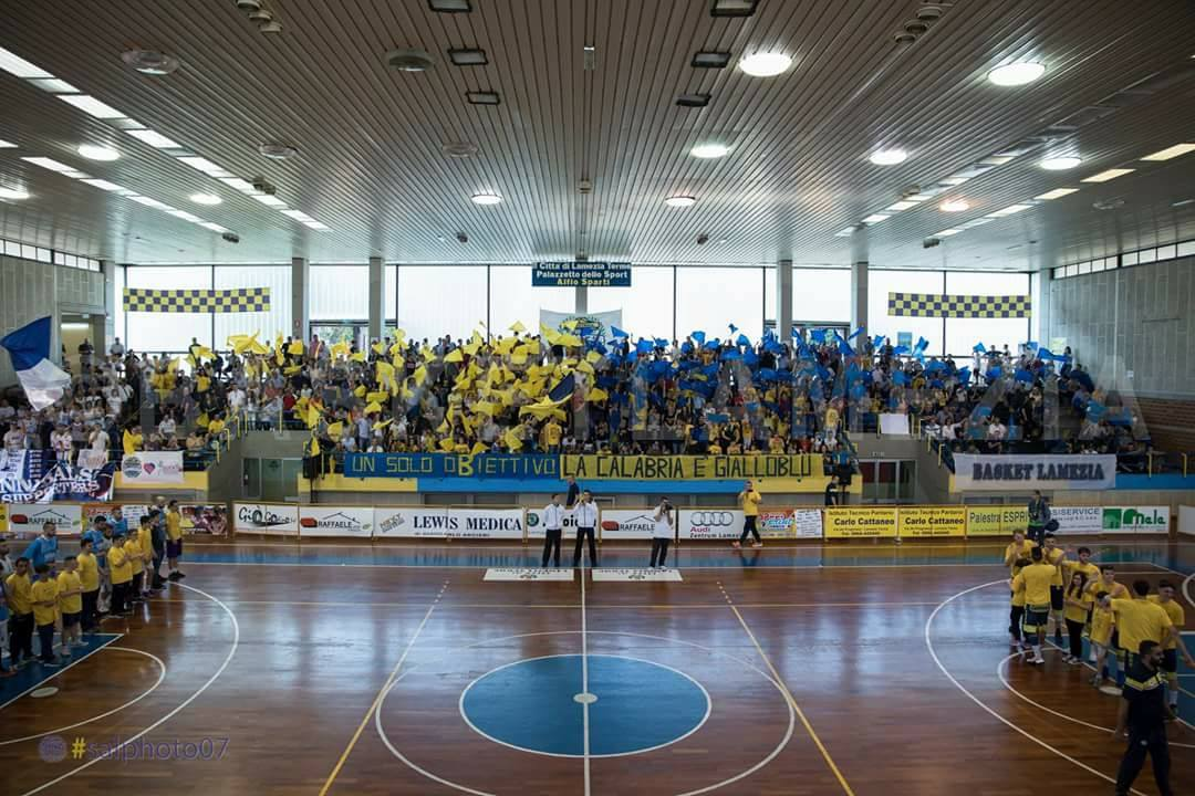 Basketball Lamezia - LameziaTerme.it