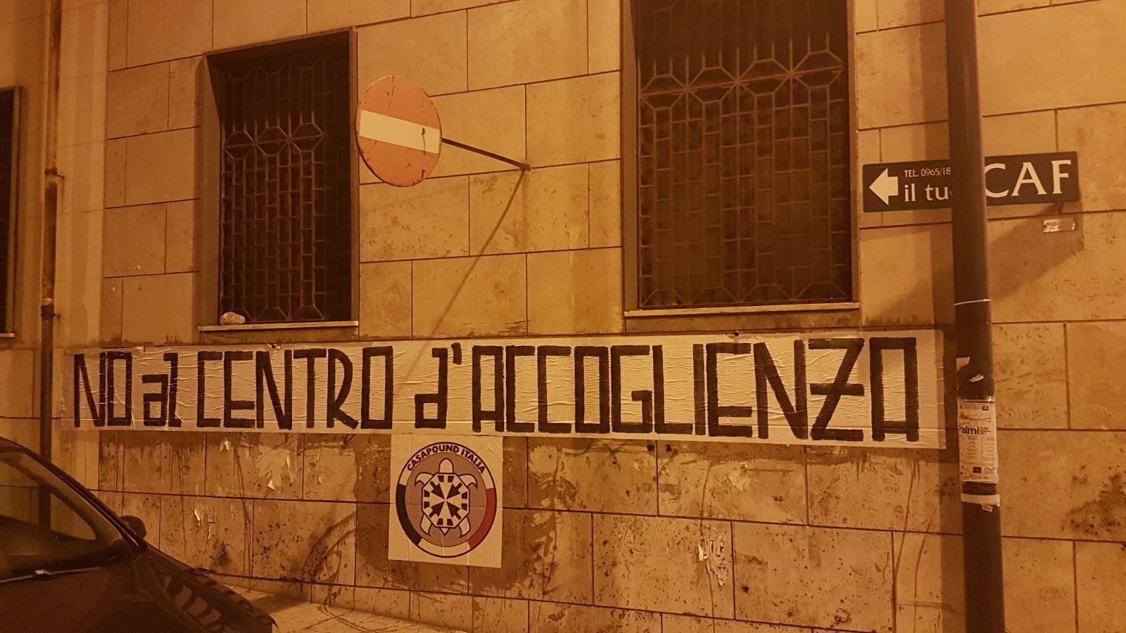 CasaPound dice no al centro d'accoglienza in via Cappuccinelli