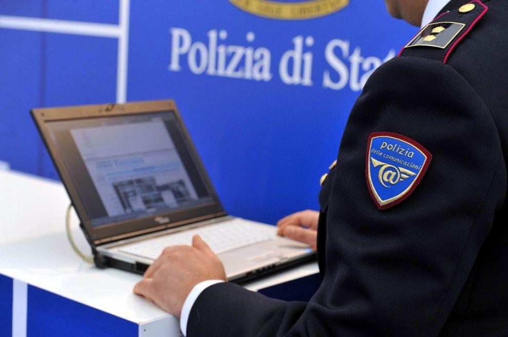 cosenza polizia postale-LameziaTermeit
