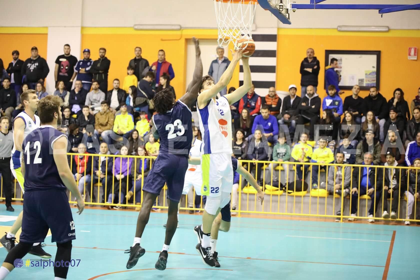 Basketball Lamezia a Soverato per conquistare la finale