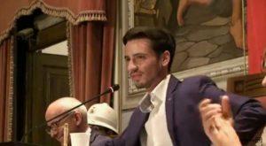 Francesco De Sarro presenta una nuova associazione politica
