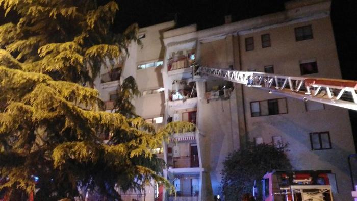 esplosione appartamento a Crotone-LameziaTermeit
