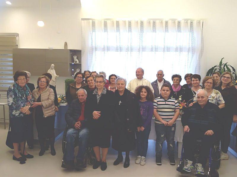 La Regina della Pace di Medjugorje in pellegrinaggio nelle abitazioni