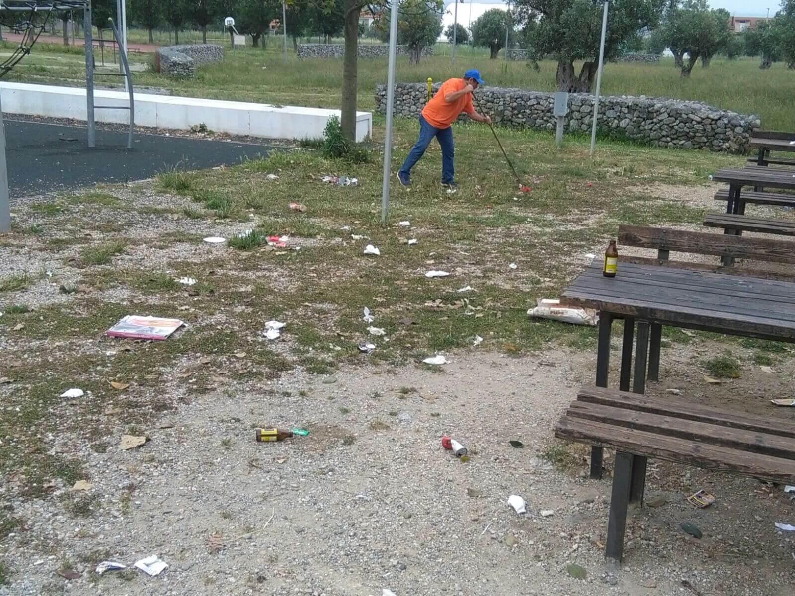 Associazione Ama Lamezia e non solo pulisce parco Impastato