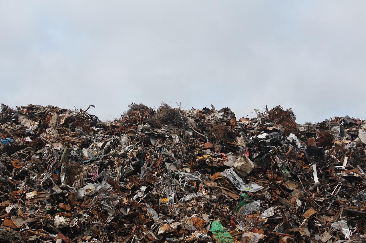 Impianto di Bucita guasto da venti giorni: tutti i rifiuti a Crotone