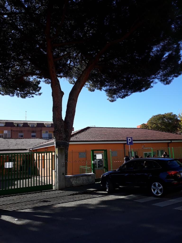 Lamezia. Messi in sicurezza cortile scuole Alberto Manzi e Antonio Ferraro