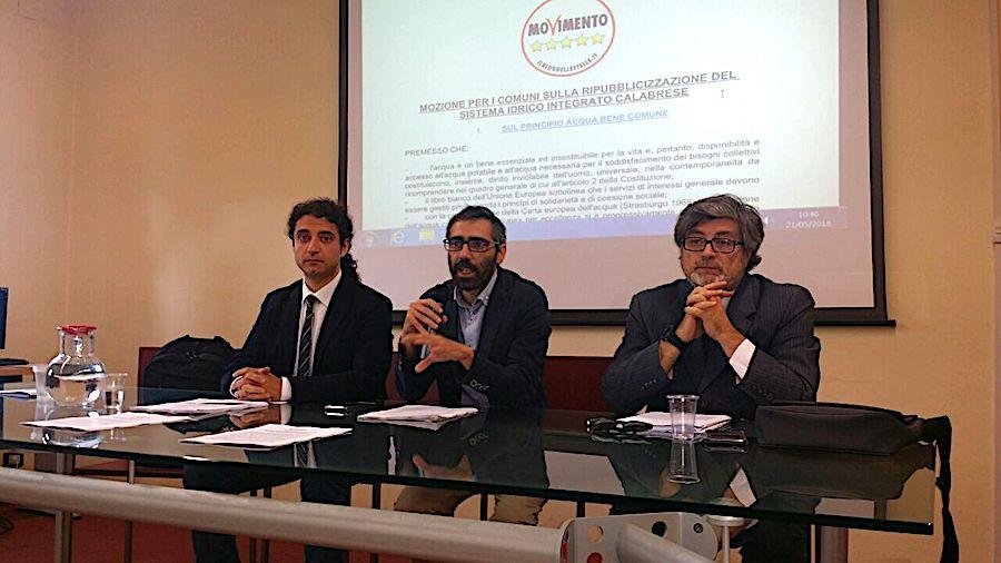 Calabria. M5s presenta proposta ufficiale sul servizio idrico integrato