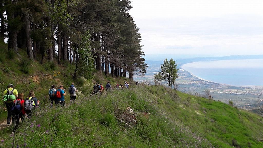 Il Monte Mancuso e il Colle dell'Infinito