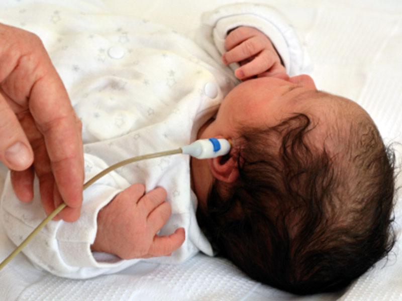 Avviato lo screening audiologico neonatale nell'Ospedale di Lamezia