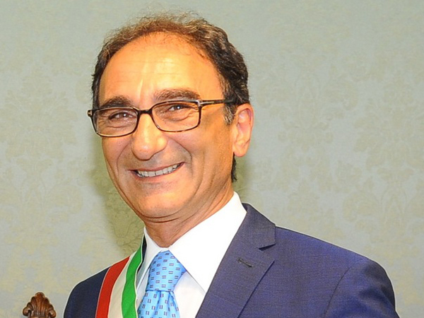 D'Ippolito e Granato (M5S) contestano il sindaco Abramo