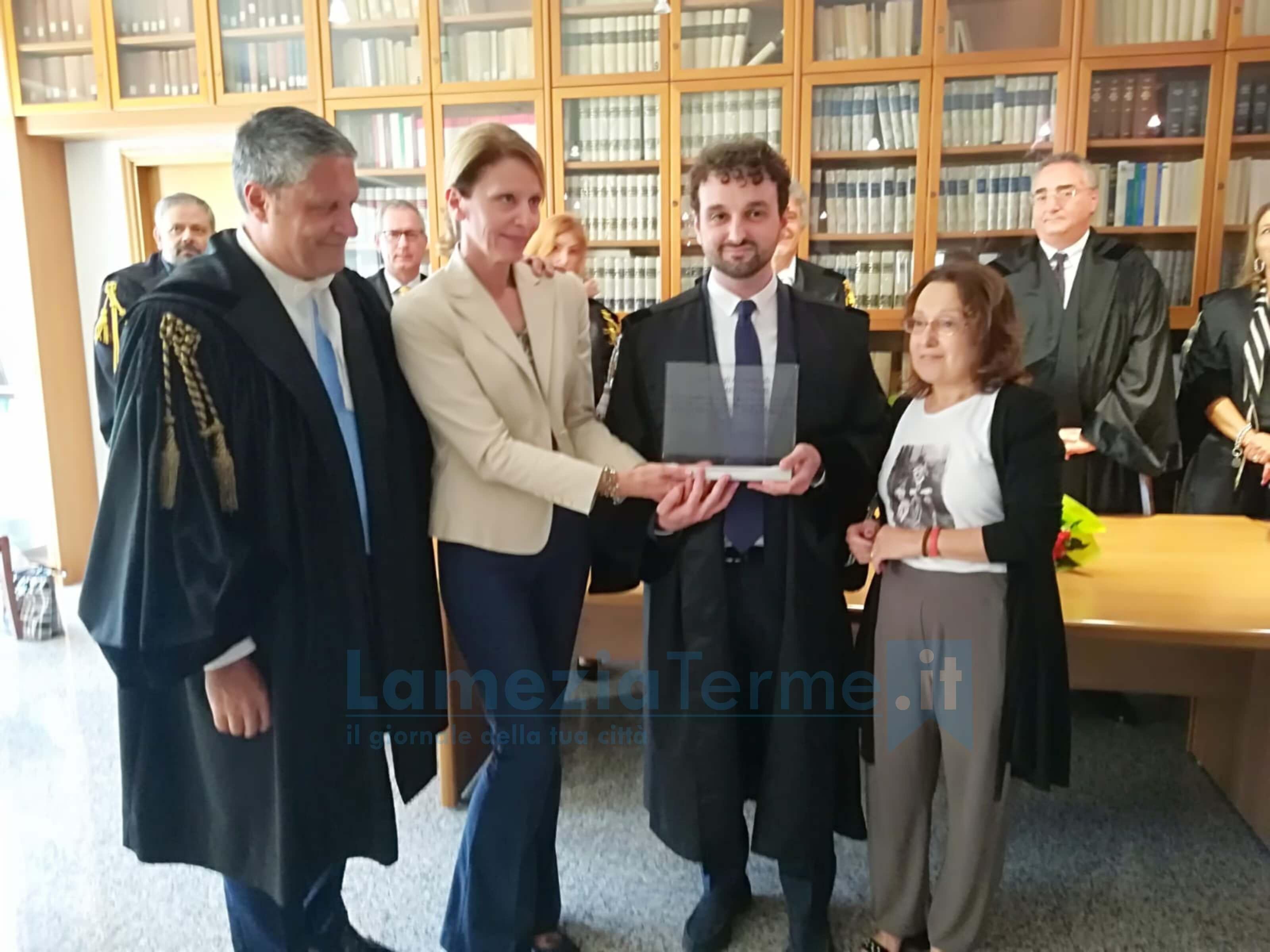 Consegnata all'avvocato lametino Giovanni Strangis la borsa di studio in memoria di Carlo Mauro