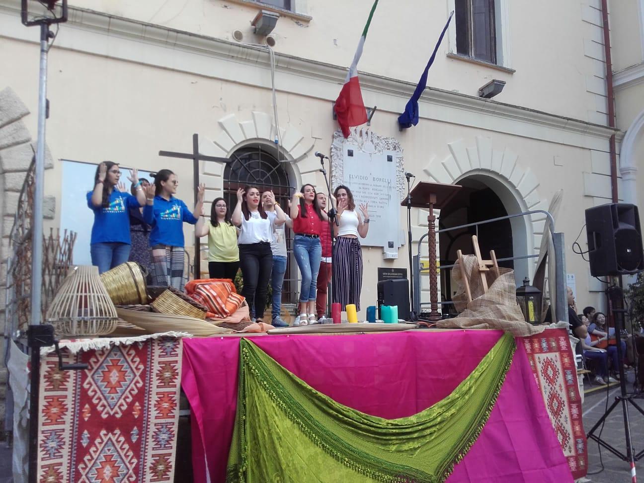 Lamezia, il festival dei catechisti e la giornata dei giovani animano il centro città