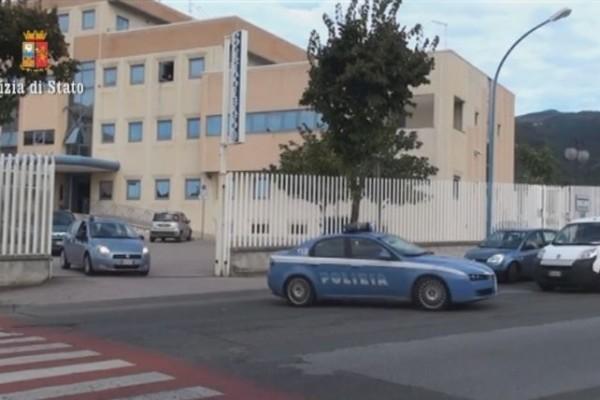 Lamezia, sequestrata un'impresa: 12 arresti per furto e ricettazione