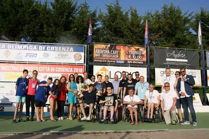 """Nuoto, Arvalia Lamezia partecipa al """"XVI Meeting Città di Cosenza"""" con gli atleti paralimpici"""