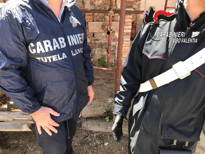 Serra San Bruno. Due lavoratori in nero in cantiere