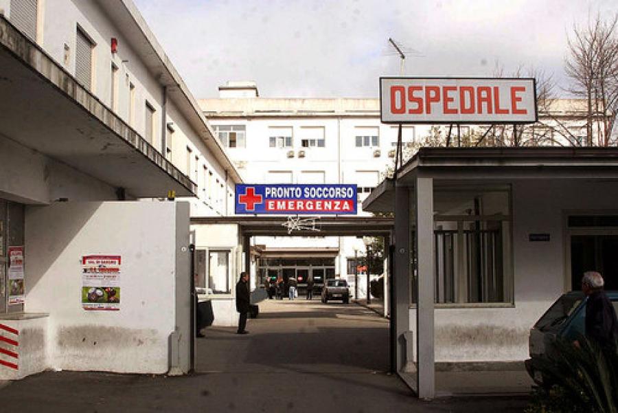 Vibo, ancora disservizi in ospedale: la denuncia di Azione Identitaria