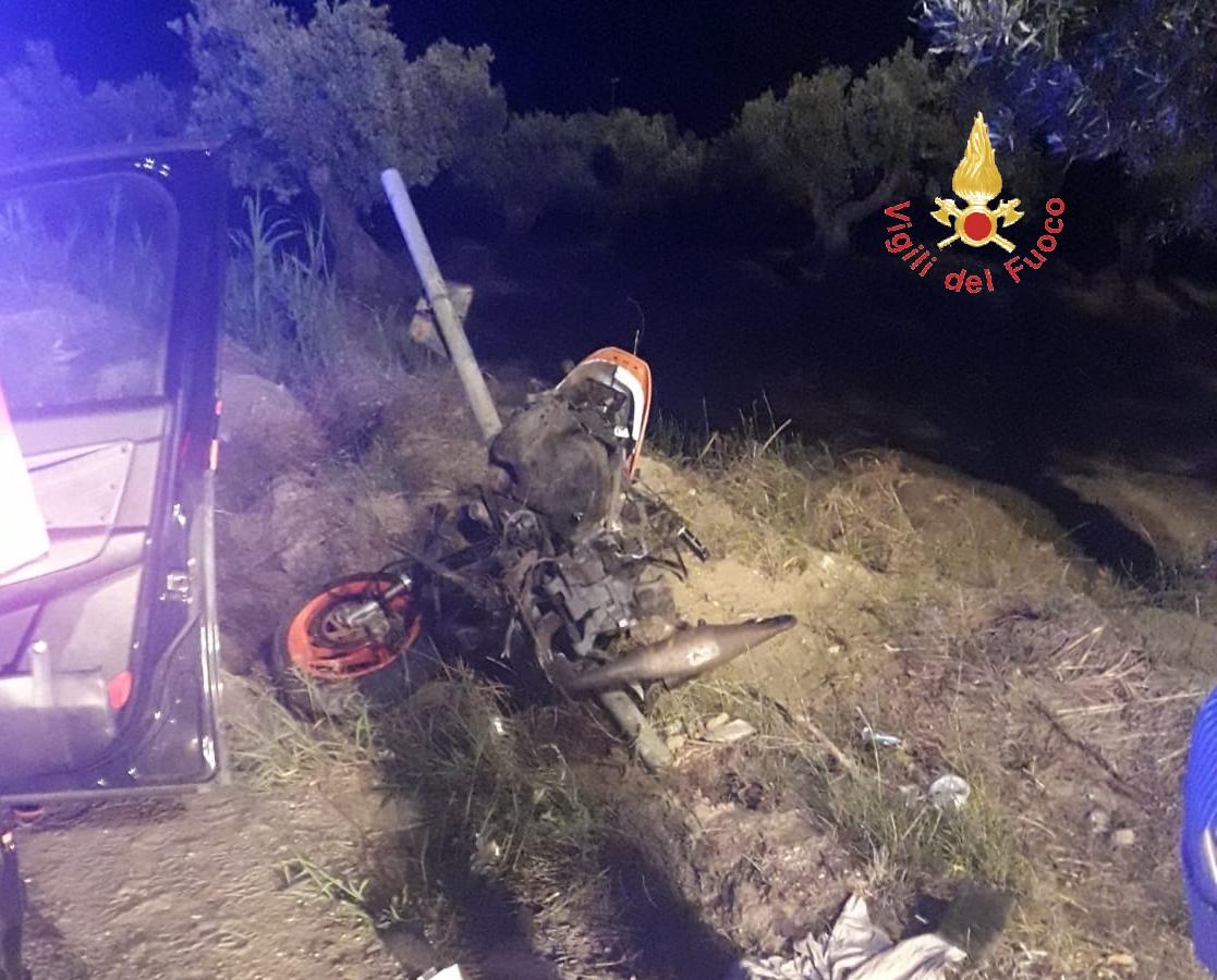 incidente stradale a Cropani-LameziaTermeit