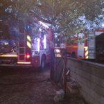 Badolato (Cz). Incendio in deposito di materiale edile