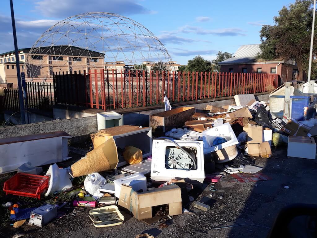Branca (Lega): intensificare i controlli sulle discariche abusive della città