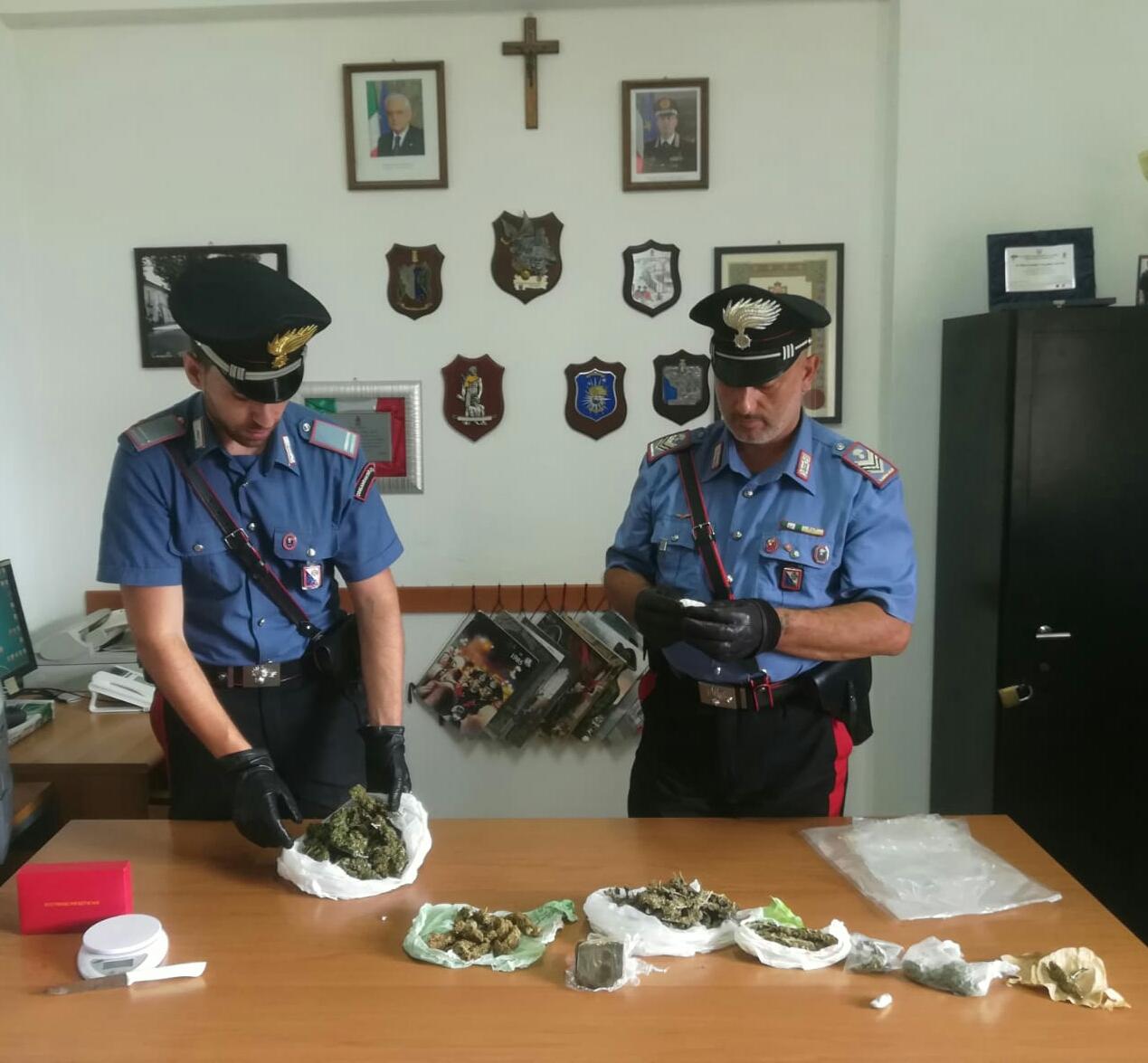 S. Pietro Apostolo. Arrestati due giovani per stupefacenti