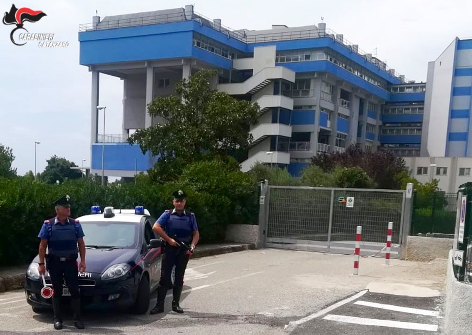 Due arresti dei Carabinieri a Lamezia Terme