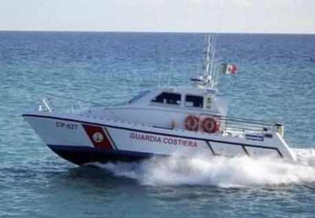 Motoscafo Guardia costiera