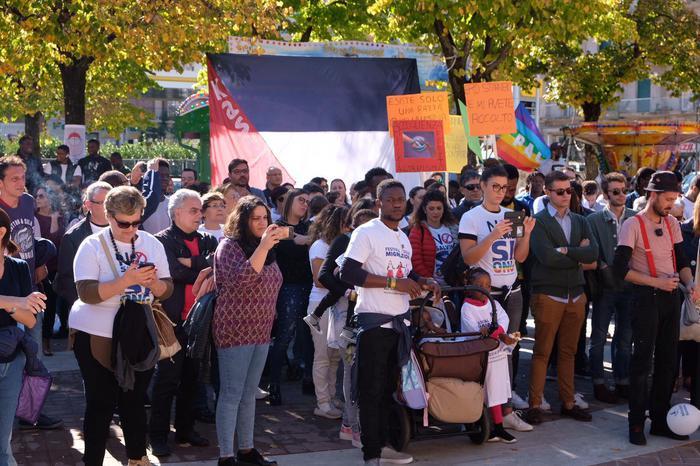 Manifestazione a Cosenza a favore dei centri Sprar