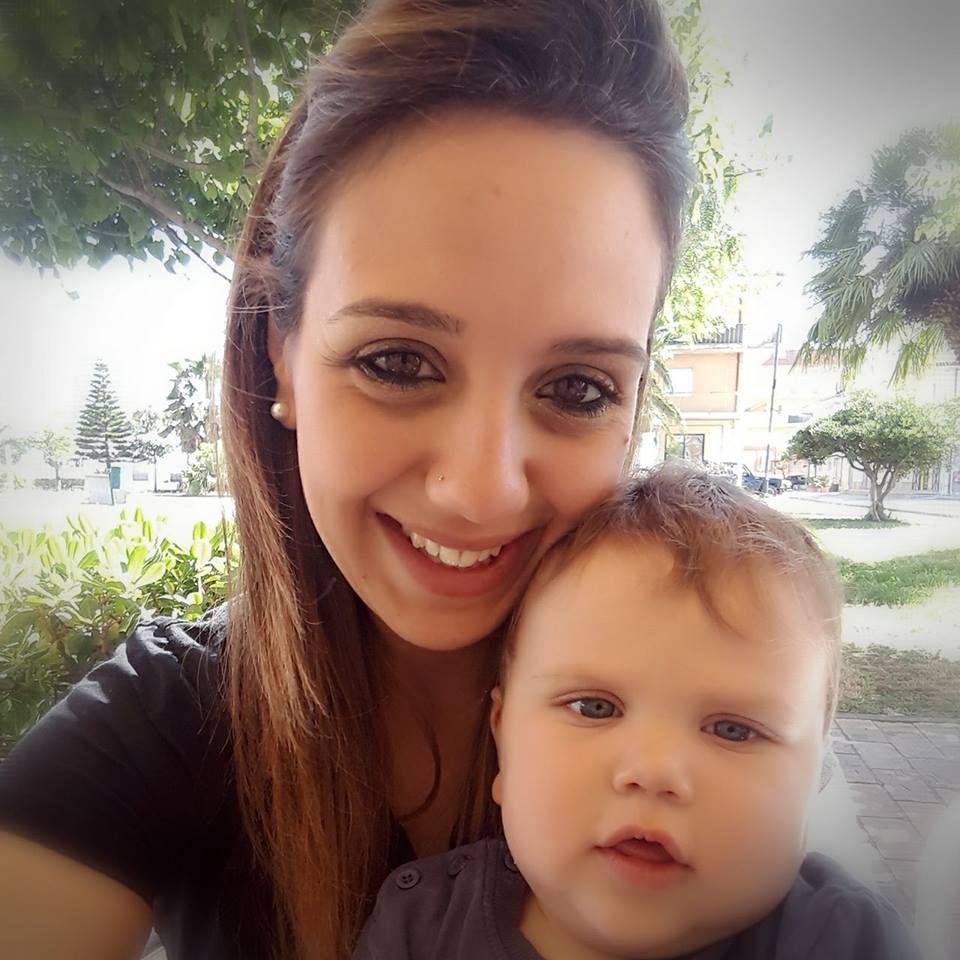 Stefania Signore col piccolo Nicolò