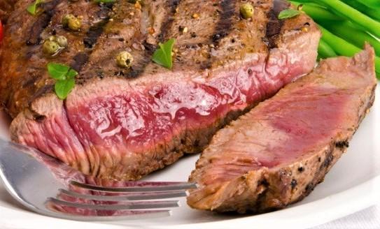 la ricetta della bistecca di manzo al peperoncino e capperi