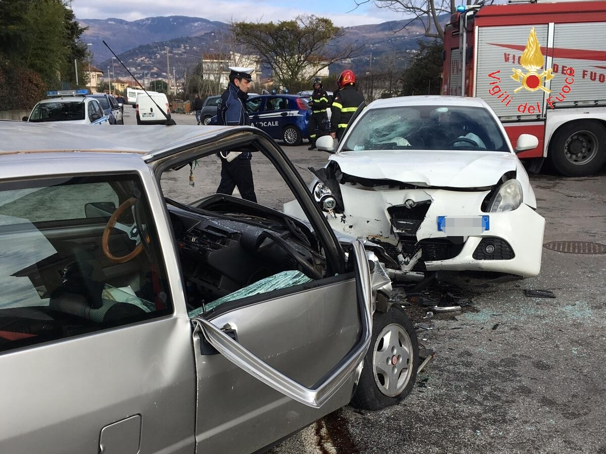 incidente stradale in via murat-LameziaTermeit