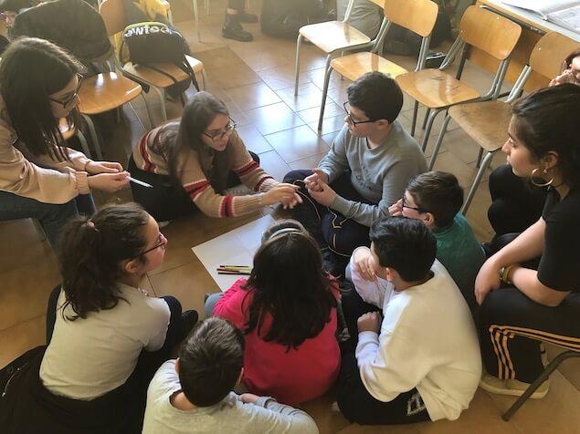 Filosofia con i bambini, i laboratori di Amica Sofia nelle scuole lametine