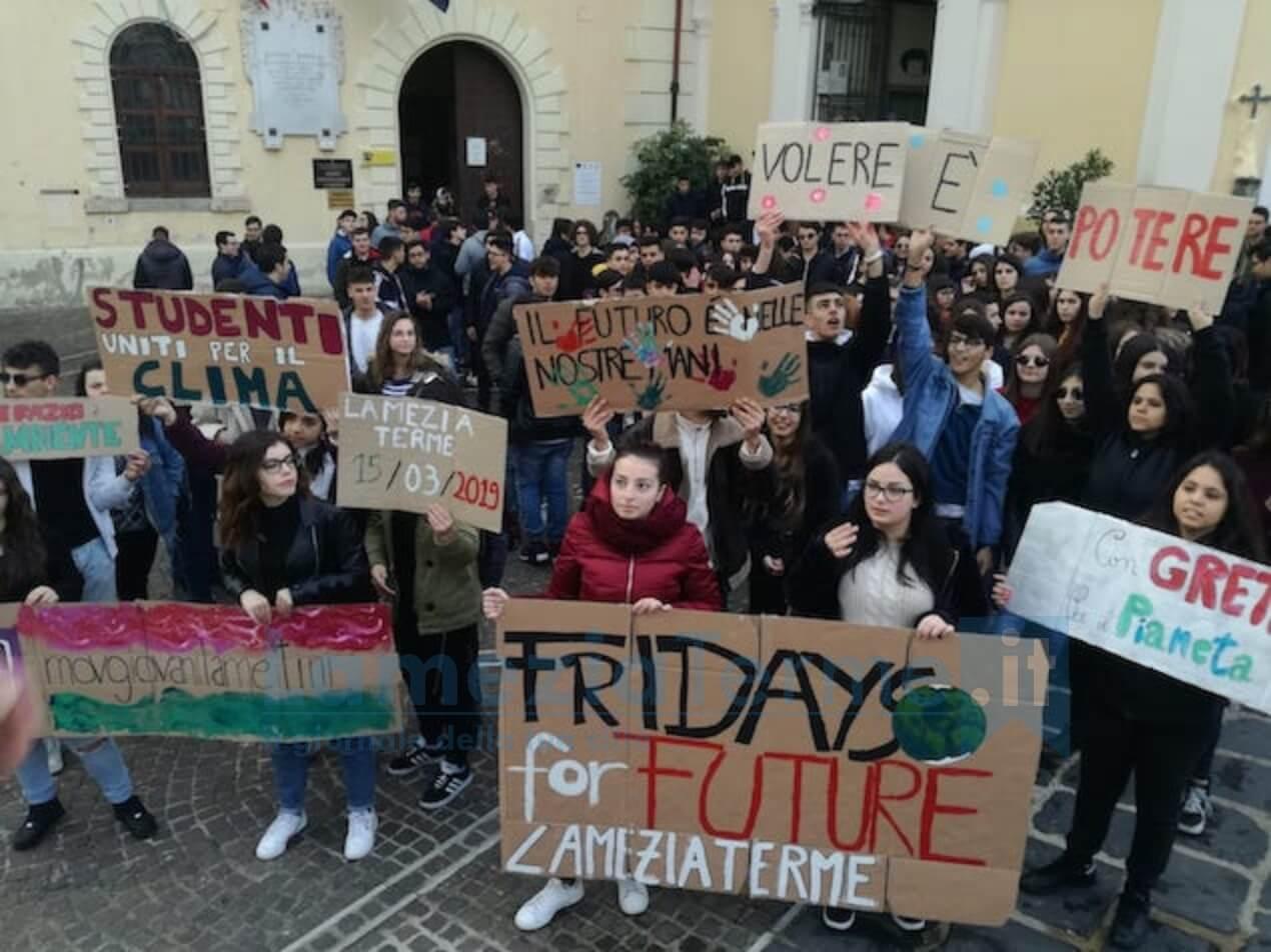 Friday for future, anche a Lamezia lo sciopero per il clima