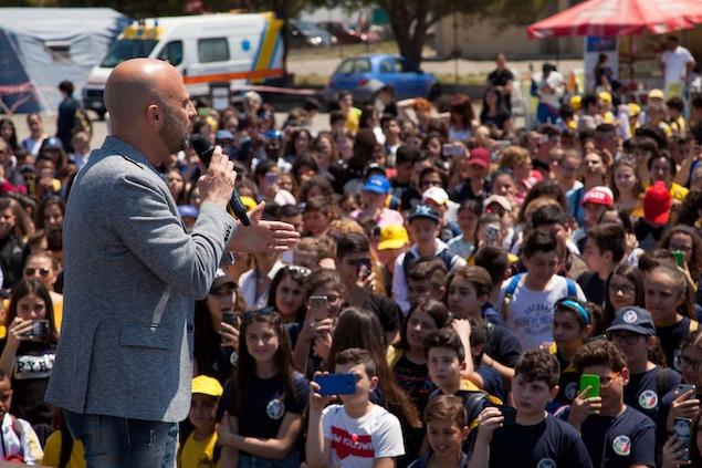 Motorshow 2Mari, Luca Abete parla agli studenti e cita Falcone e Borsellino