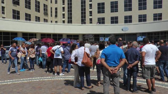 Protesta tirocinanti alla Cittadella regionale di Catanzaro