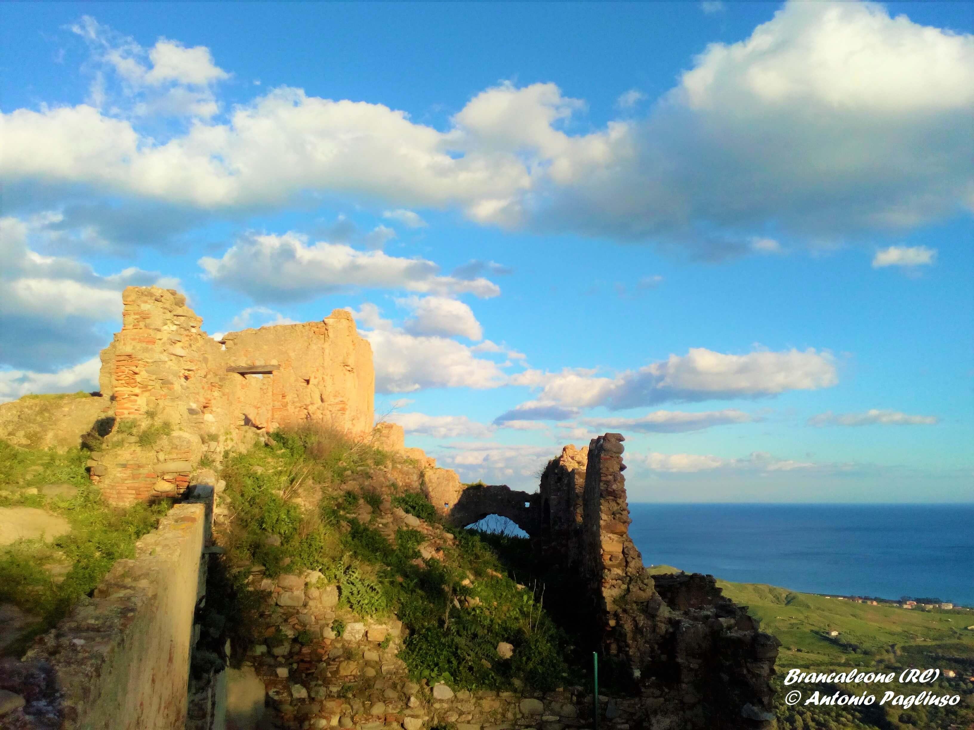 Calabria da riscoprire: il Parco archeologico urbano di Brancaleone Vetus
