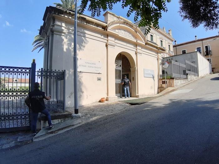 Cosenza. Furto a Villa Rendano, due arresti dei Carabinieri