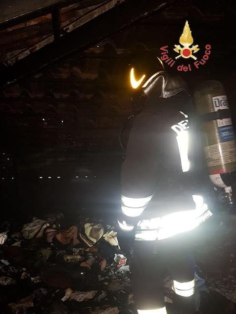 Gizzeria Lido (CZ). In fiamme il sottotetto di una abitazione