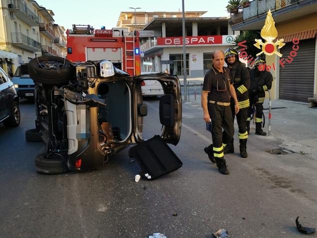 Guardavalle (CZ). Incidente stradale sulla SS 106, due feriti