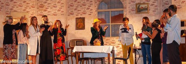 """Partenza col botto per la Compagnia Teatrale """"I Liticanti"""" di San Mazzeo"""