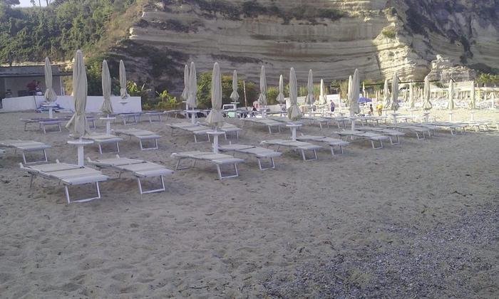 Ricadi (VV). Liberati 700 metri quadrati di spiaggia