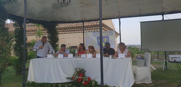 tavolo relatori a Villa Caristo