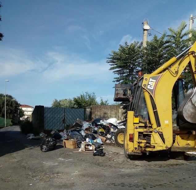 Messina (MTL): bene le ruspe in azione, ora bisogna ripulire tutta la città