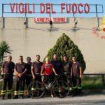 Fa tappa a Lamezia il pompiere in pensione che fa il giro d'Italia in bici
