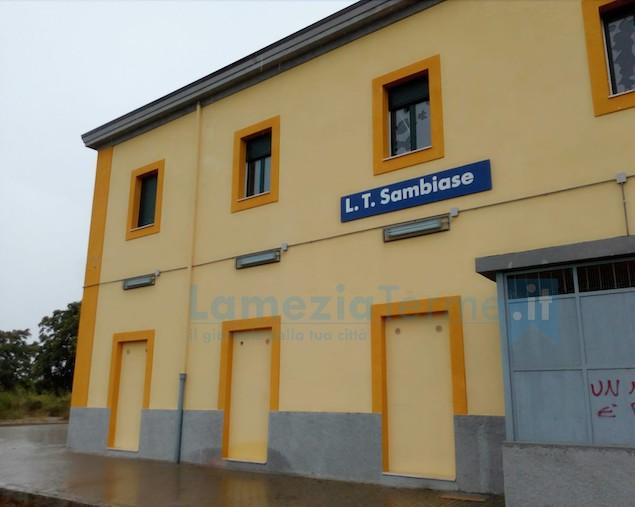 stazione di Lamezia Terme Sambiase