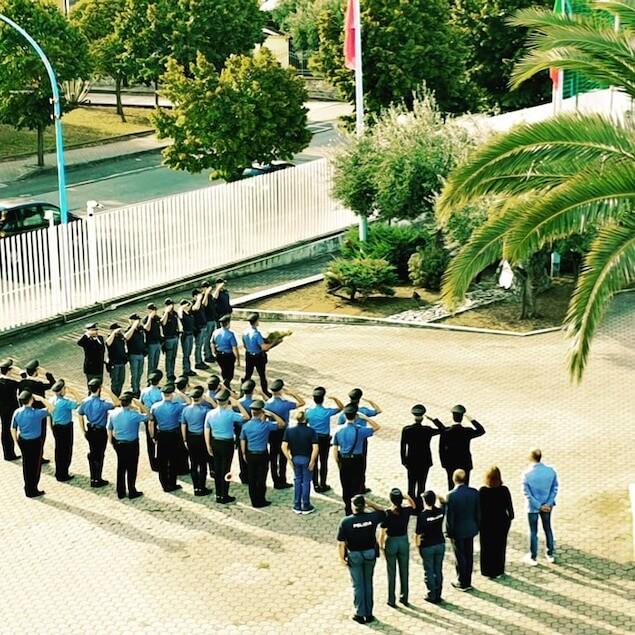 Omaggio dei Carabinieri di Lamezia Terme agli agenti uccisi