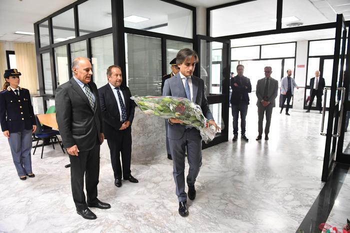 Reggio Calabria. Sindaco Falcomatà omaggia i due agenti uccisi